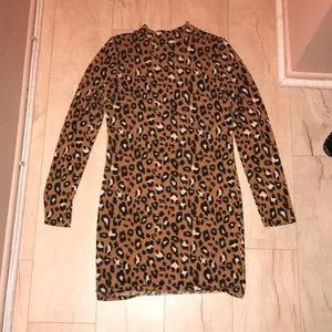 Forever 21 Leopard Print Bodycon Dress